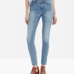 Madewell High Riser Crop Light Wash Size 32 (1240)
